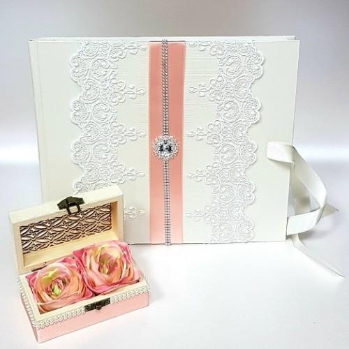 """Сватбена книга за пожелания """"Праскова и дантела"""""""